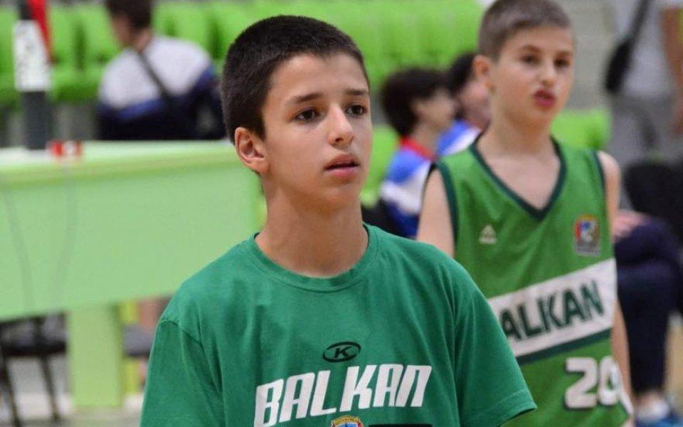 12-годишен роден талант изравни рекорд на Клей Томпсън