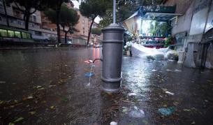 Откриха телата на 9 души в наводнена къща в Сицилия