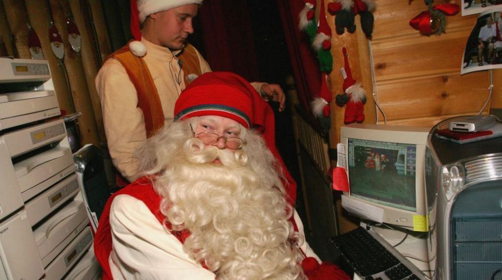 Дядо Коледа вече отговаря на писмата с поръчки