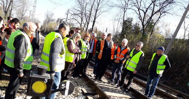 Изнесено съдебно заседание се проведе на мястото на влаковата катастрофа