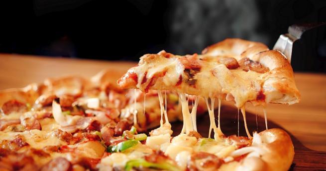 Физици изведоха термодинамична формулаза идеалната домашна пица, която може да