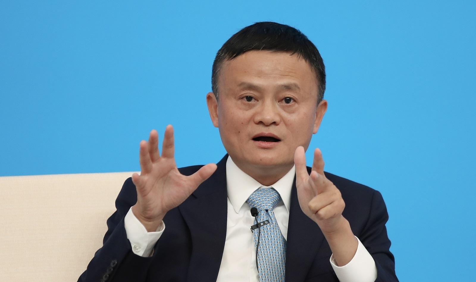 Джак Ма, създател на Alibaba<br /> Състояние: 38,4 милиарда долара: кола: Roewe RX5 SUV; базова цена: 15 000 долара