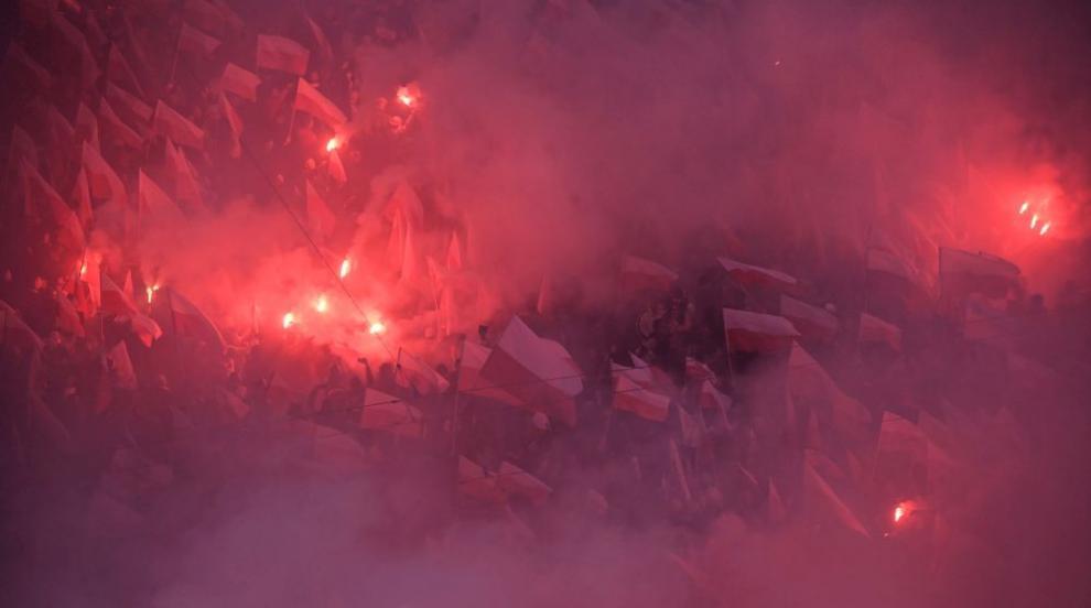 Изгориха знамето на ЕС на шествие в Полша (ВИДЕО)