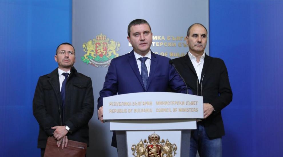 Горанов: Между 6 и 10 лева ще е увеличението на данъка на старите коли
