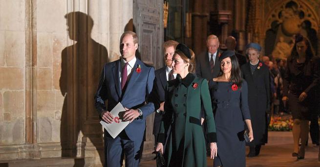 Принц Хари и бременната му съпруга Меган Маркъл отказаха поканата