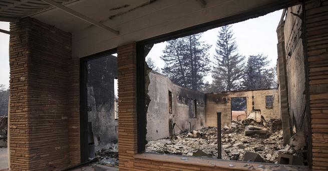 Жертвите на огромния пожар в Северна Калифорния са вече най-малко
