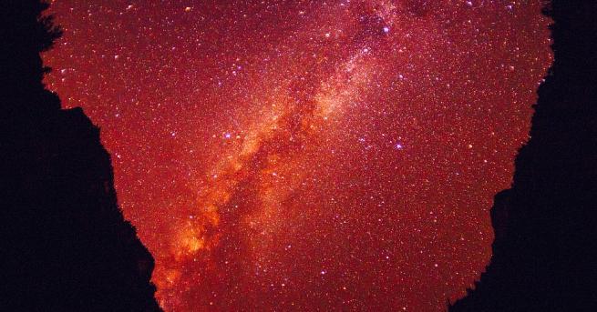 Полски астрономи откриха в Млечнияпът две нови планети, за които