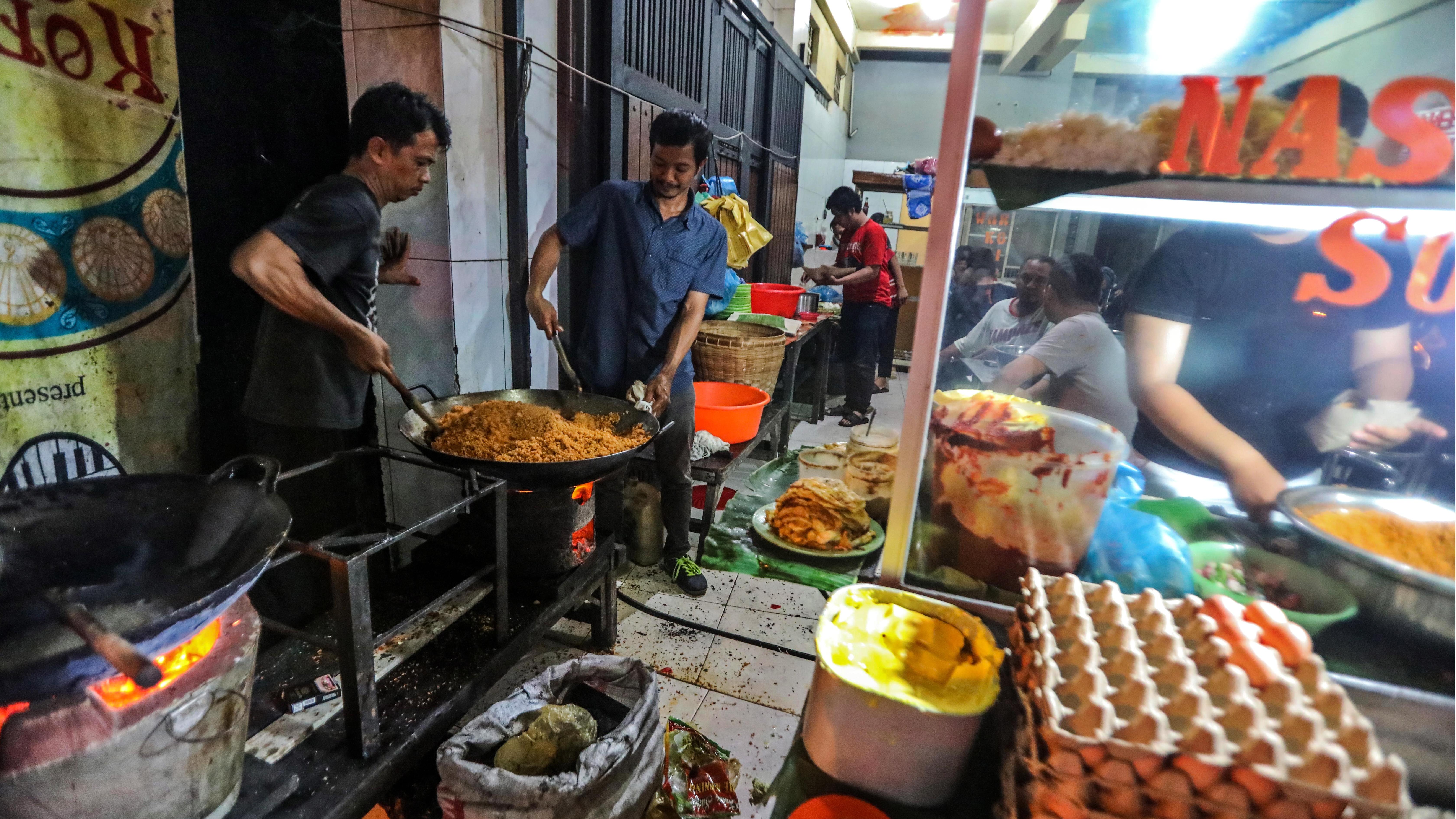 Приготвена с пресни местни продукти на място, докато гледате как се готви и с цена, която хората могат да си позволят.