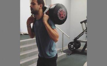 Григор Димитров не щади усилия във фитнеса