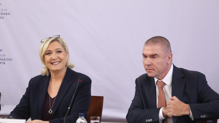 Марин Льо Пен, Веселин Марешки