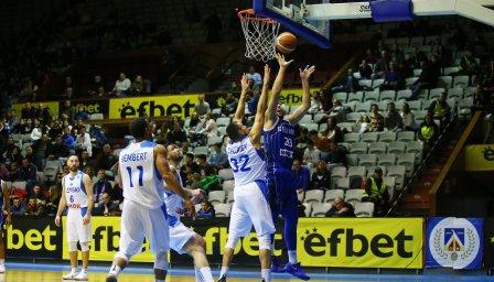 Левски Лукойл продължава без загуба в мъжкото баскетболно първенство