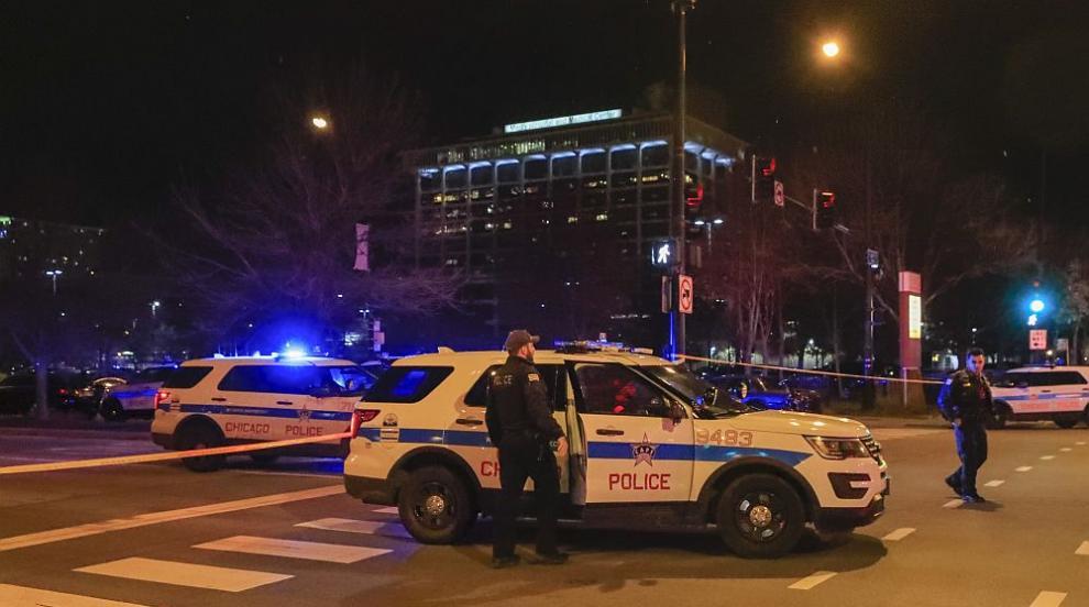 Пет са вече жертвите на стрелеца от Чикаго (ВИДЕО)