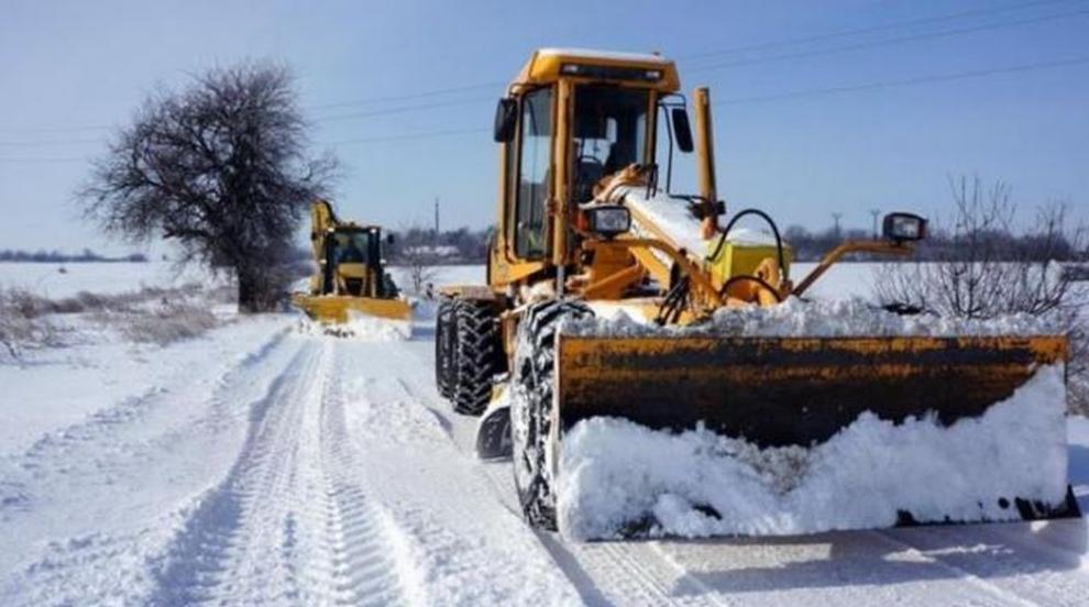 Над 1800 машини ще обработват пътищата при снеговалеж