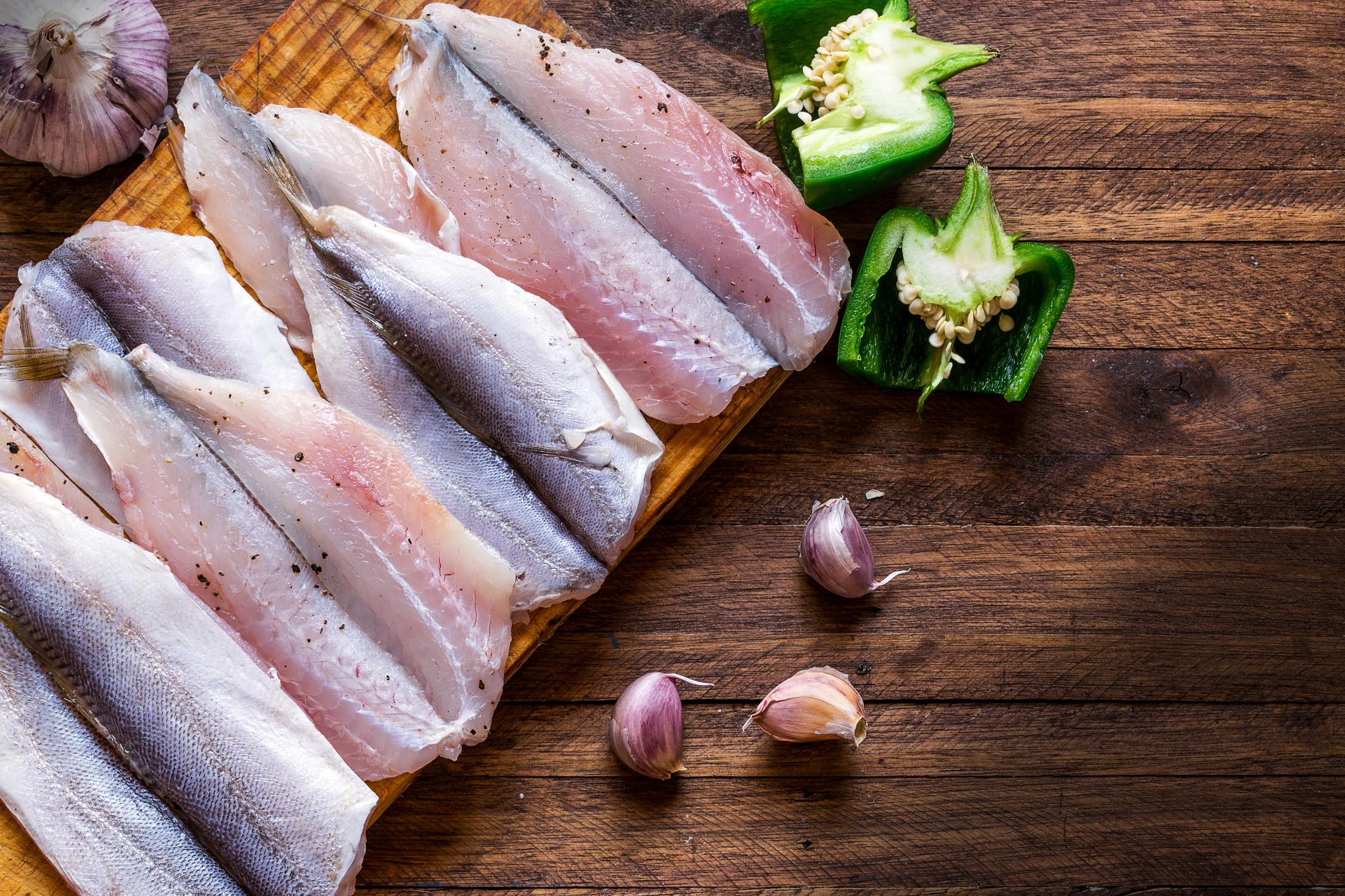 Риба<br /> Нека не е само на Никулден. Ако заместите половината месни ястия с рибни през зимата, в началото на пролетта ще се радвате на по-стройна фигура.
