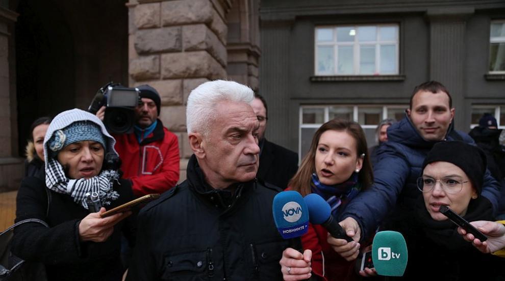 Сидеров си тръгна от заседанието на малката коалиция: Всичко изчистихме,...