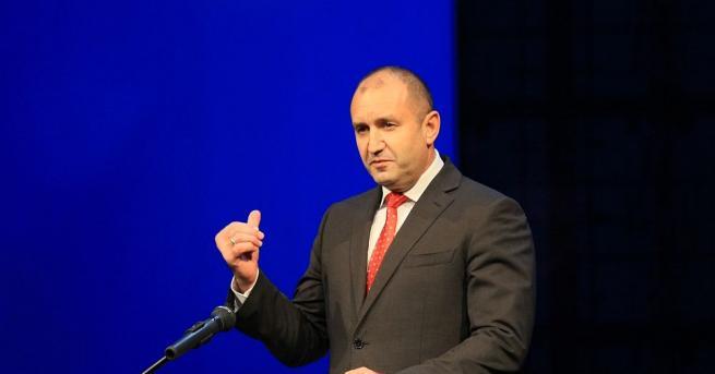 Президентът Румен Радев изрази мнение, че в днешното сложно време,
