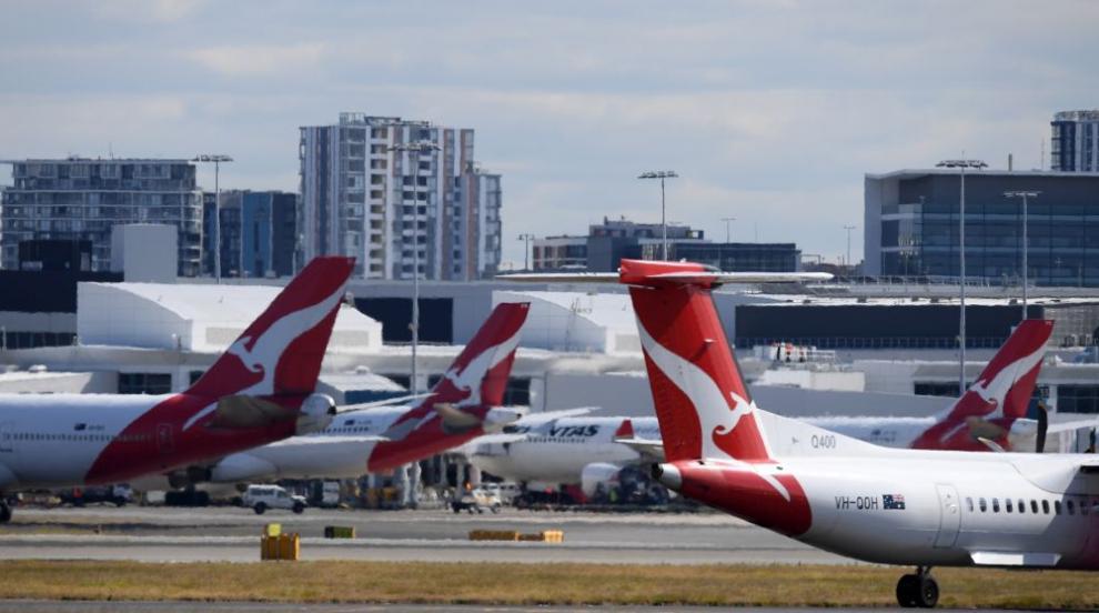 Силни ветрове затвориха летища в Австралия