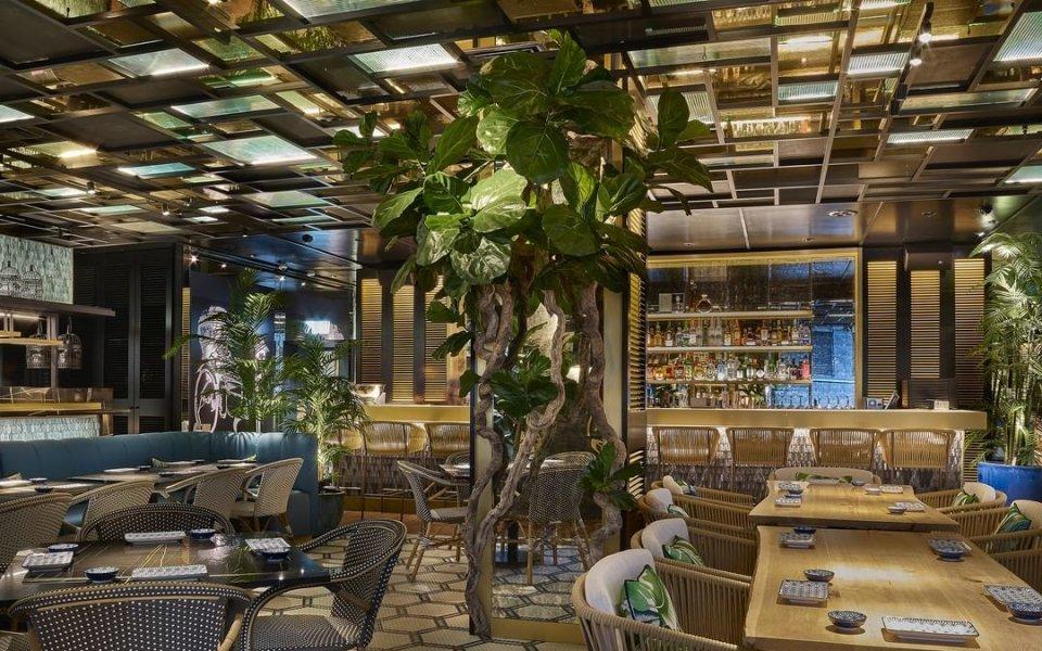 Поглед отвътре в тузарския ресторант на Роналдо, Надал и Гасол