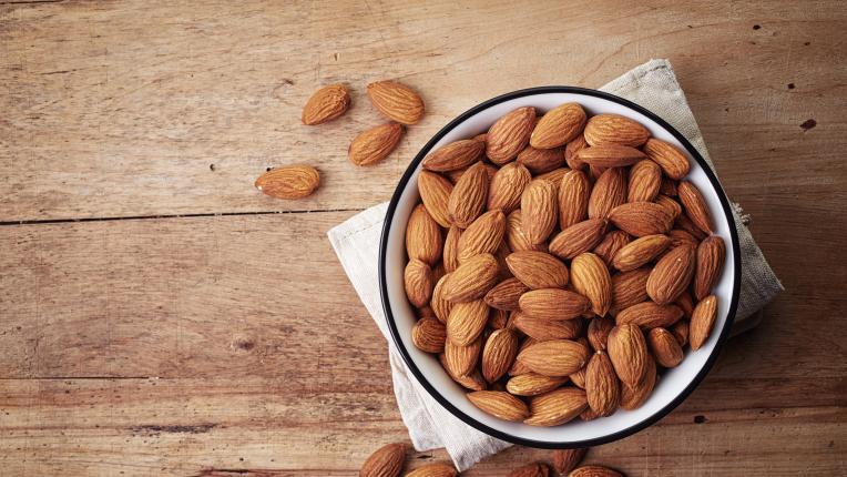 Какво трябва да знаем за бадемовото брашно
