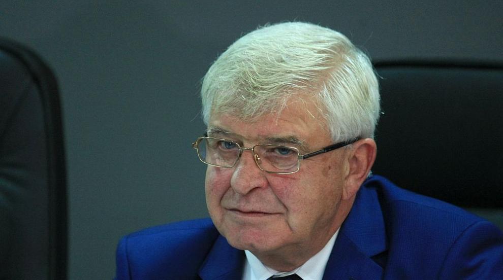 Ананиев представя пакет от мерки за оздравяване на общинските болници