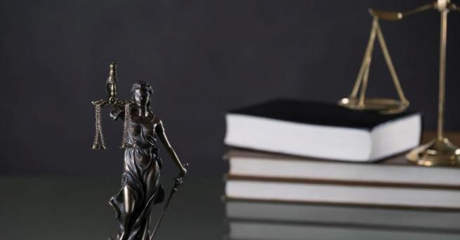 Съдът остави в ареста обвинения в изнасилване и убийство на