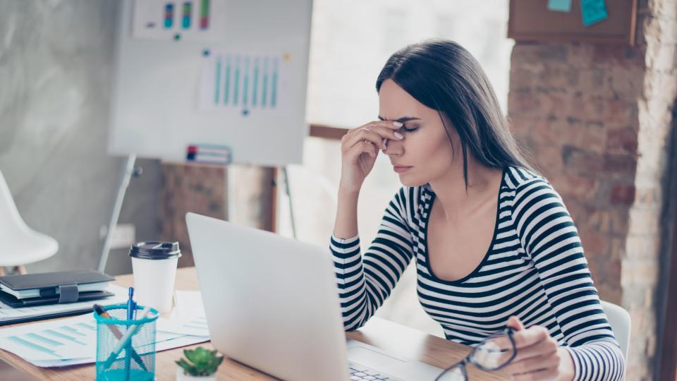 жена стрес болка