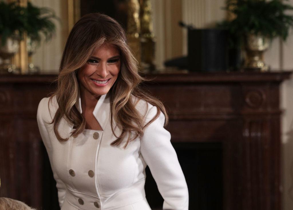 Мелания Тръмп е родена в словенския град Севница. Красивата съпруга на американския президент Доналд Тръмп е първата американка от чужд произход, станала първа дама на САЩ от близо два века насам.