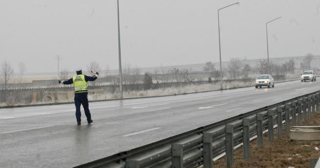 България КАТ глобява за зимни гуми от днес Етапът от