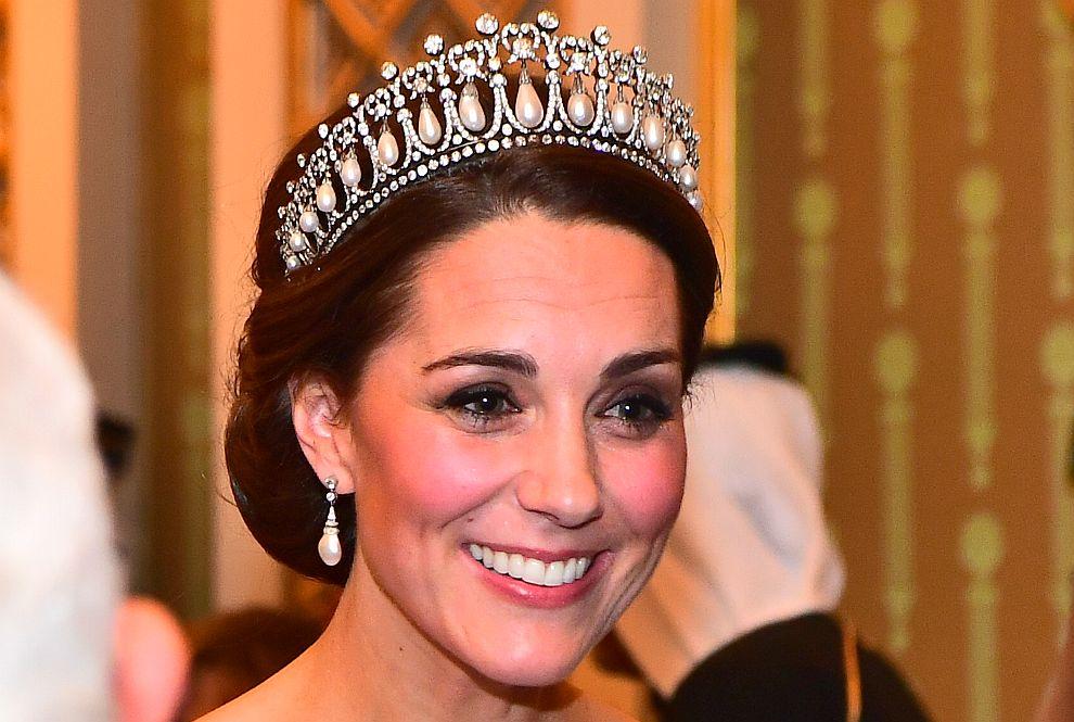 Херцогиня Катрин на прием в Бъкингамския дворец