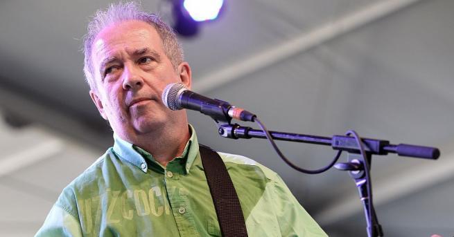 Пийт Шели - един от основателите и фронтмен на британската