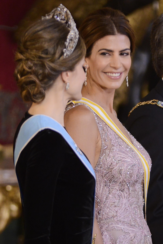 Хулиана Авада и испанската кралица Летисия