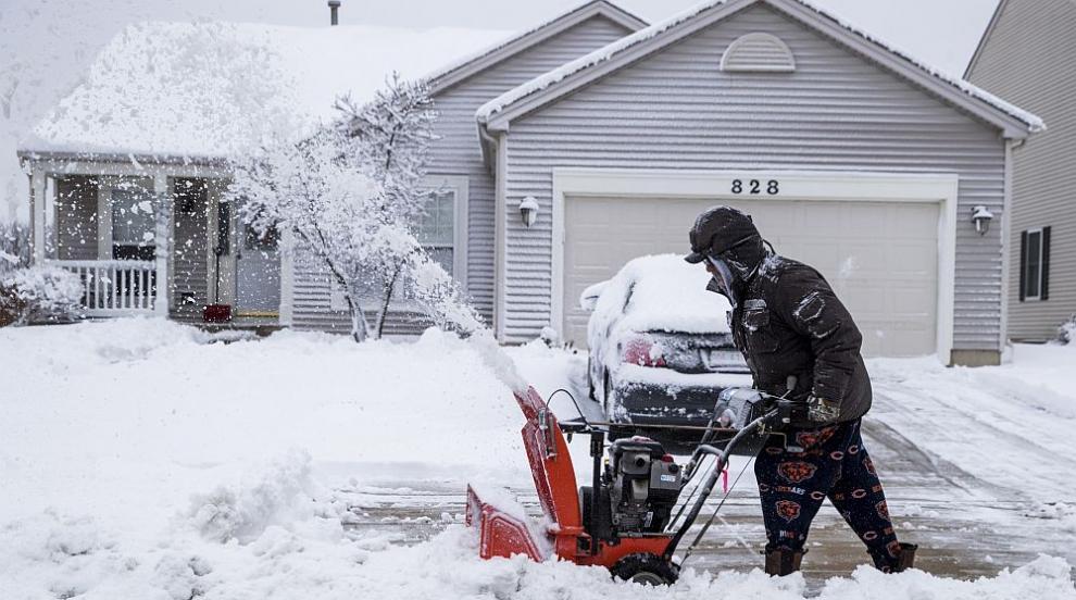 Опасна снежна буря засегна голяма част от югоизточните райони на САЩ (ВИДЕО)