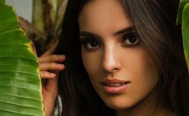 Тя е определена за най-красивата жена в света (СНИМКИ)