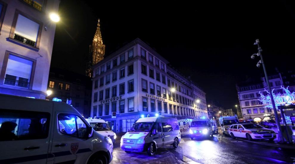 Терор в Страсбург: Три жертви и 12 ранени, издирват нападателя (ВИДЕО/СНИМКИ)