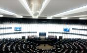 ЕП иска значително по-строги санкции срещу Русия