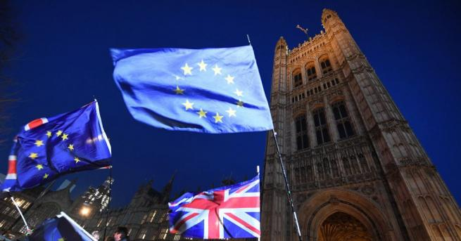 Близо 200 британски депутати консерватори са сигнализирали, че възнамеряват да