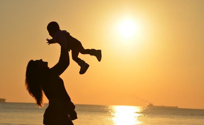 Вижте как родителството вдъхновява да откриеш детето в себе си