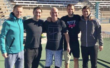 Валверду показа хората, които се грижат за Григор Димитров