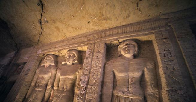 Археолози откриха две гробници от древноримската епоха в пустинята в
