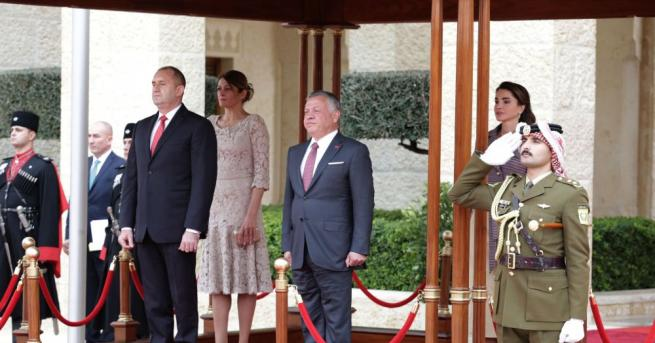 Радев в Аман: Диалогът с Йордания на ниво държавни глави