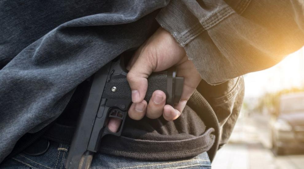 Стрелба след пиянски запой в Бургас, има пострадал