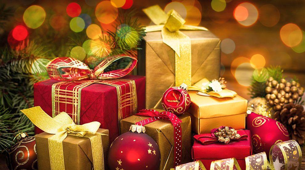 Знаменитости споделиха кои подаръци са ги зарадвали и разочаровали...