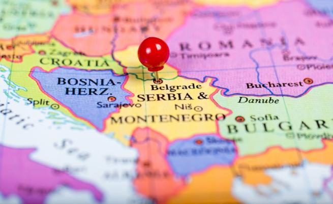 Как е при съседите - заплатите и пенсиите на Балканите