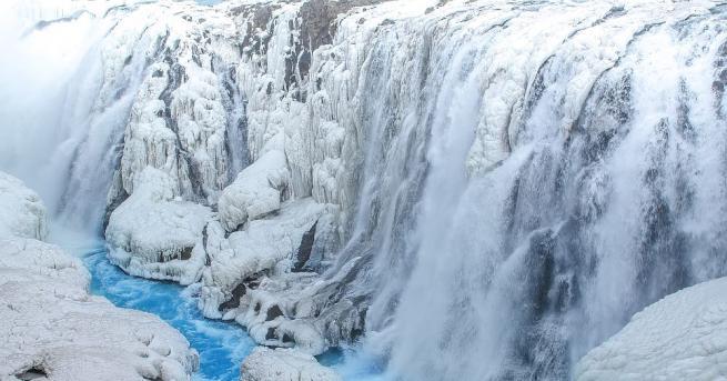 Снежна буря в Исландия. На места, ветровете достигнаха скорост от