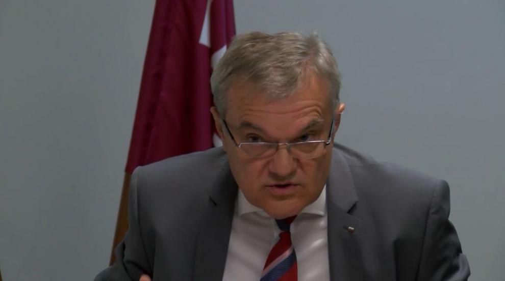 Борисов да иде на извънредни парламентарни избори, призова Румен Петков