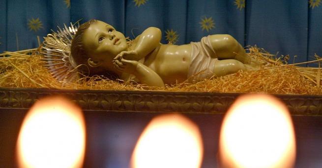 Християнският свят отбелязва един от най-светлите църковни празници - Рождество