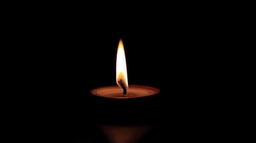 Ден на траур във врачанското училище, в което почина 13-годишно момиче (ВИДЕО)