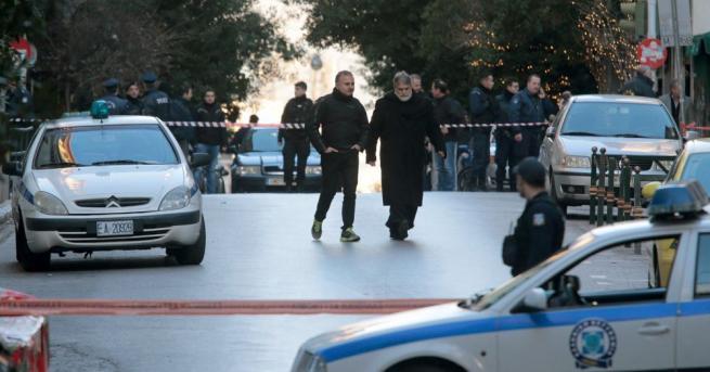 Полицията залови 13 нелегални преселници на магистрала в Северна Гърция