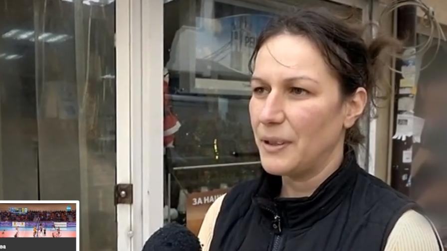 Продавачката, ударила въоръжен крадец: Зареди пистолета