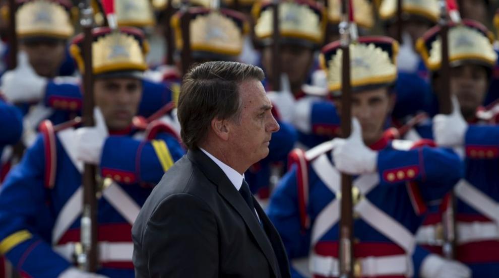 """Новият президент на Бразилия обеща """"да смаже корупцията"""" (СНИМКИ)"""